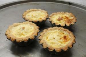 4 kicsi quiche lorraine egyenesen a sütőből