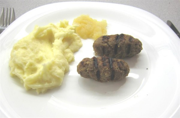 Angol kolbász krumplipürével