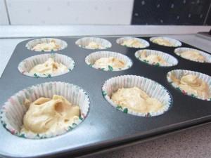 Karácsonyfa süti tészta muffin formában