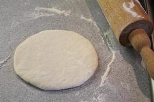 Pita tészta kinyújtva