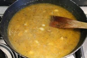 Provencei karaj recept: párolt készre a mártást