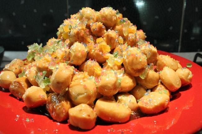 Struffoli: karácsonyi desszert Nápolyból