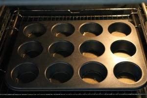 Muffin forma sütőben