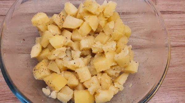 Amerikai krumplisaláta készítése 1