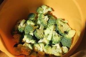 Rózsákra szedett brokkoli