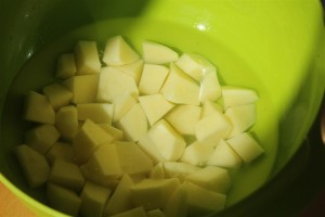 Kockákra vágott krumpli