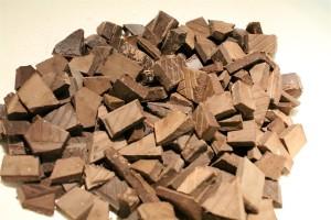 Csokipasztilla helyett: darabokra tördelt étcsokoládé