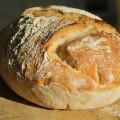 Dagasztás nélküli kenyér fehér liszből