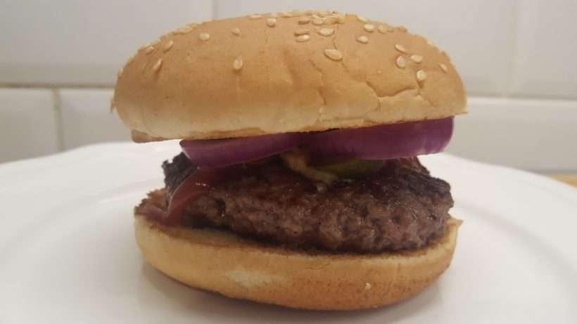 Egyszerű házi hamburger