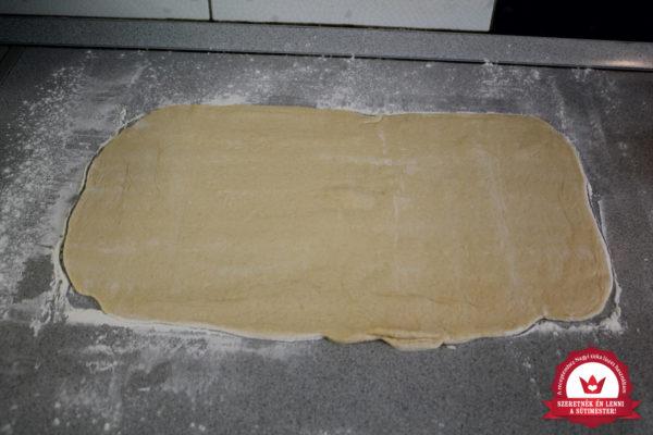 Nutellás kalács készítése 10