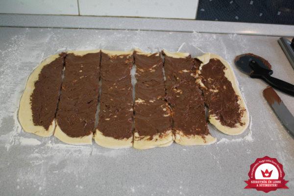 Nutellás kalács készítése 12