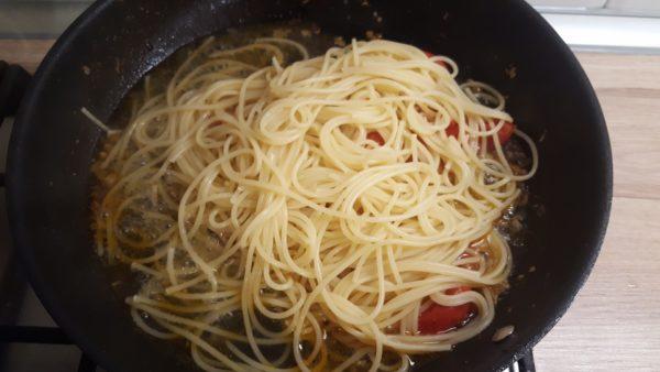 Olasz paradicsomos spagetti készítése 5