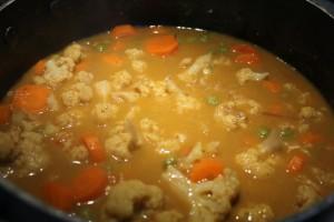 Zöldség curry kókusztejben